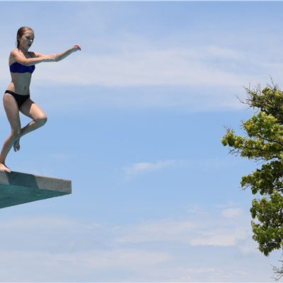 Girl leaps from platform 1